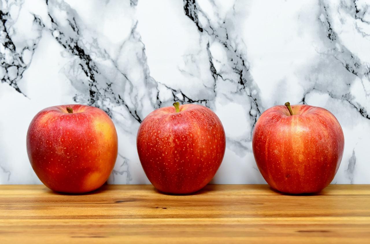 apple-3147063_1280