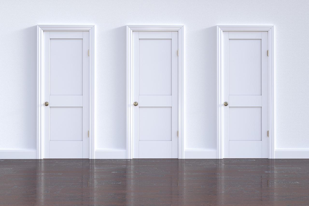 doorway-3293341_1280